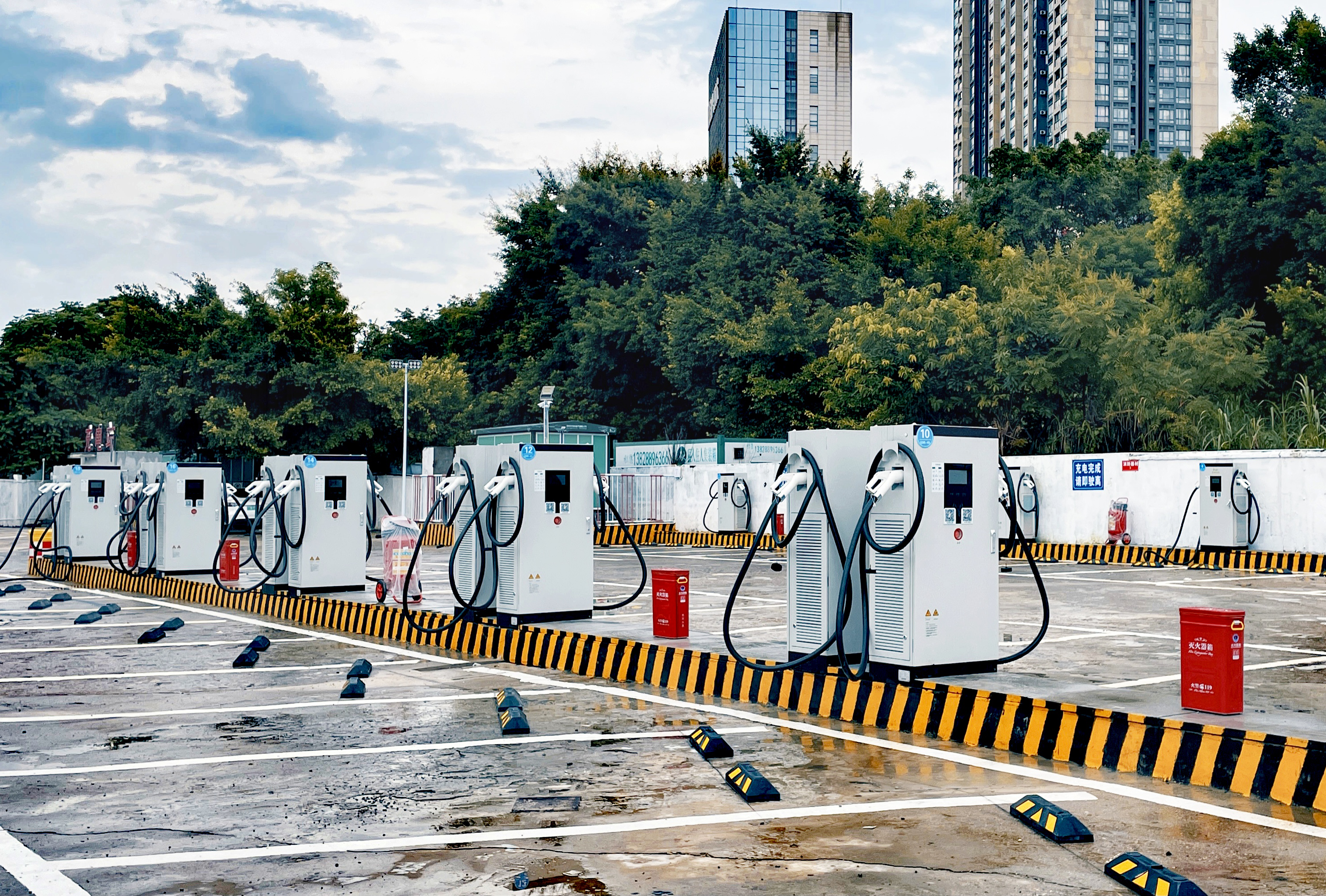 How to Solved the Key Issues Plaguing the Construction of EV Chargers?